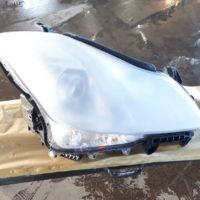 破損したライトはリサイクルパーツと交換。